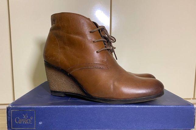Женские ботинки Caprice