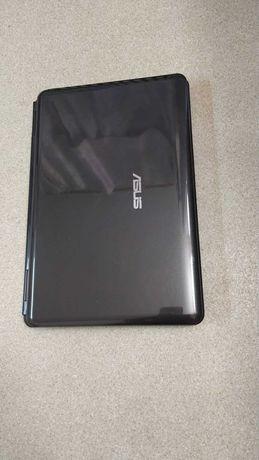 Ноутбук Asus  в отличном состоянии,акб держит-4гб озу,2 ядра,320гб
