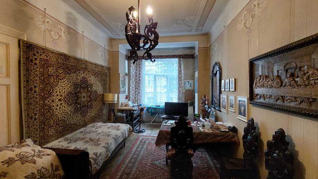 Продаж 3-кімнатної квартири по вул. Шептицьких