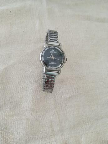 Relógio Calvin Klein e isqueiro