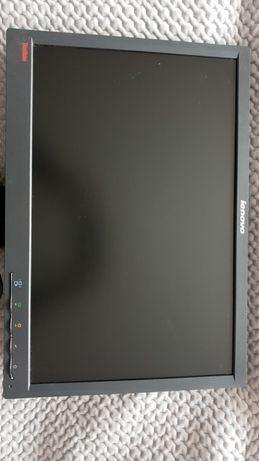 Monitor Lenovo ThinkVision 19 cali