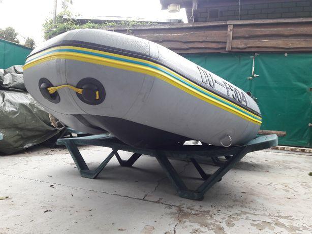 Лодка ПВХ Килевая Zodiac Bombard Tropik 380