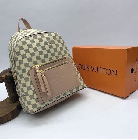 Рюкзаки Louis Vuitton
