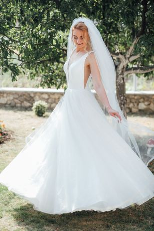 Вечірня, весільна сукня