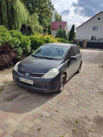 Продается авто в хорошем состоянии nissan tiida