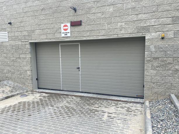 Miejsce postojowe garaz podziemny  160 zł wynajem