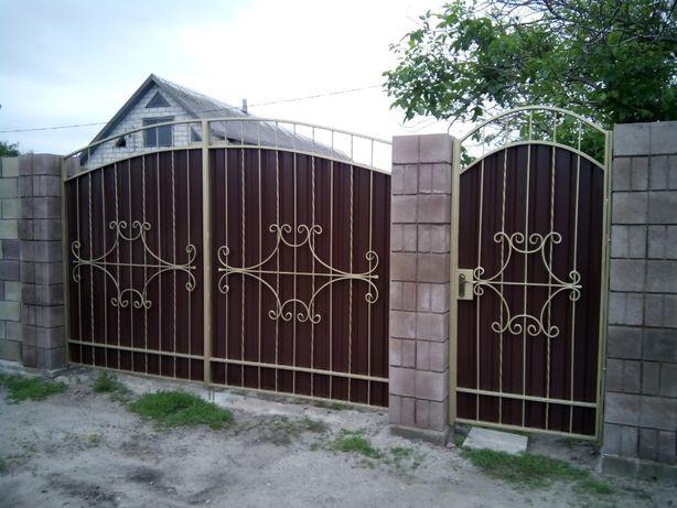 Ворота откатные, роспашные , калитки , решетки, навесы.