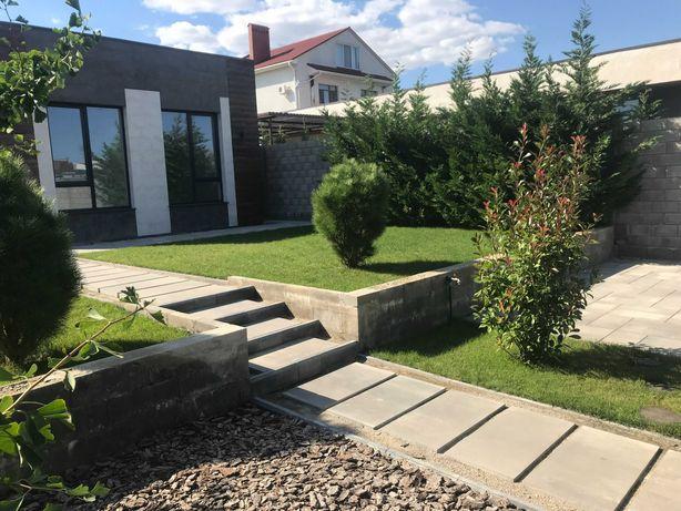 Продам дом в Коттеджном городке рядом с Совиньоном.