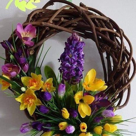 Duży masywny wianek 45 cm z kwiatami najwyższej jakości. Nowy