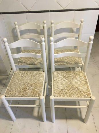 4 cadeiras de cozinha brancas