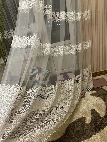 Тюль для комнаты с балконом