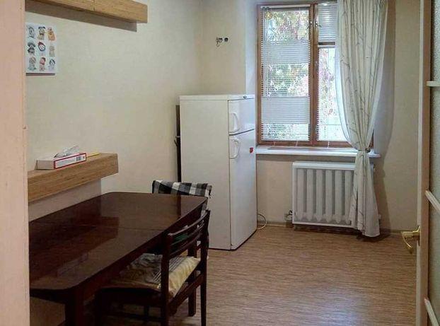 """Двухкомнатная квартира возле кинотеатра """"Вымпел"""", 4-я школа, Ипподром."""