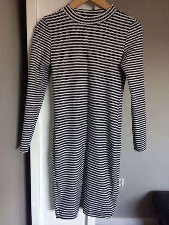 Dopasowana sukienka firmy Primark rozm M