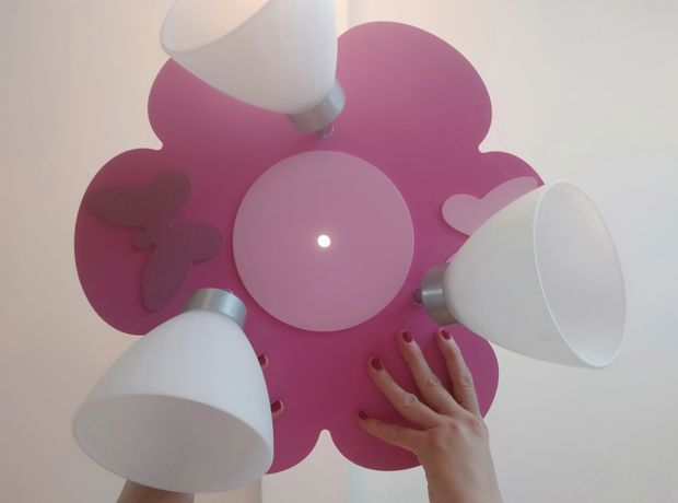 Lampa żyrandol kwiatek motylki