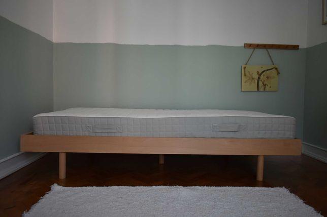 Vendo cama individual em madeira maciça faia