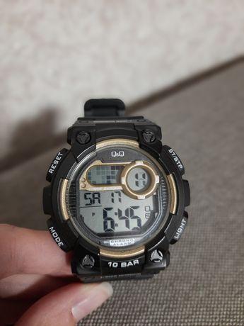 Годинник (часы) Q&Q