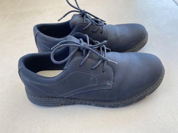 Buty chłopięce garniturowe komunijne r 37 Smyk