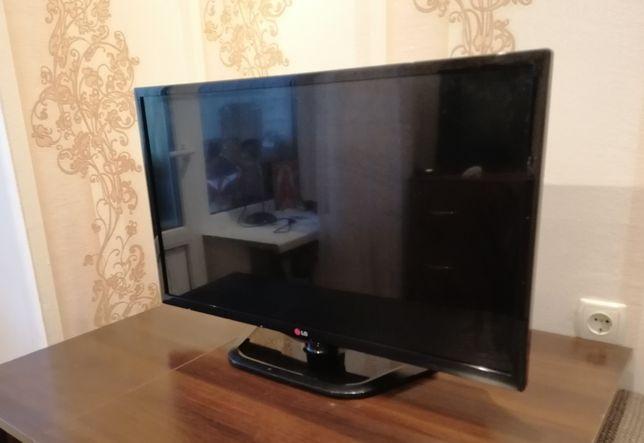 Телевізор LG ln542v