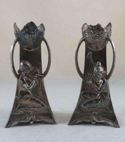 Par de Jarras Arte Nova/Art Nouveau; Marcada-WMF como é mostrado 19cm