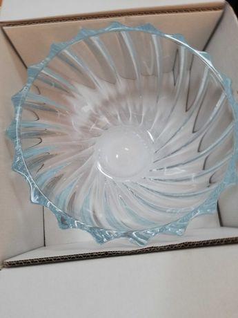 Centro de mesa e fruteira em cristal da Bohemia nova 28 cm
