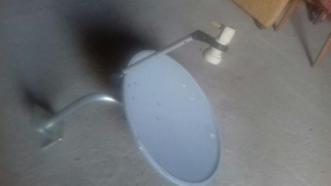 antena satelitarna plus konwerter i uchwyt