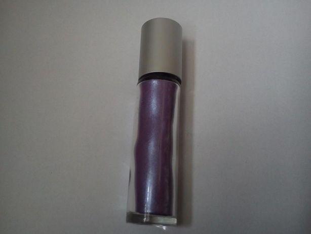 Avon fioletowy cień do powiek w sztyfcie Ultraviolet