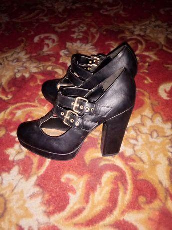 Класние туфли , удобныи .