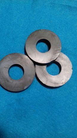 Магнит феритовый 108 × 49 × 16 мм 75 грн штука