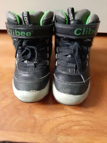 Продам дитячі чоботи