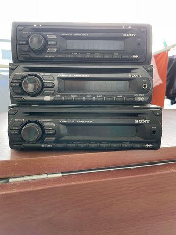 3 Auto Radios Sony a funcionar