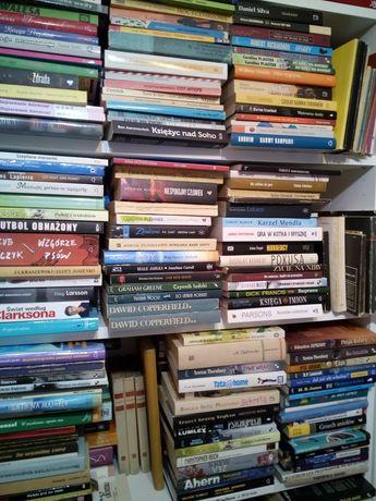 Świąteczna wyprzedaż książek! Trzecia-gratis! 2500 pozycji! Zapraszam!