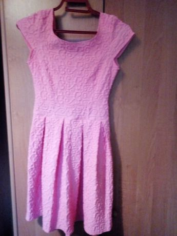 Нежное платье на девочку-подростка