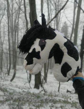 Hobbyhorse srokaty