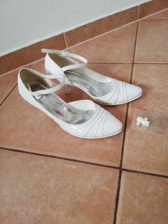 Buty skórzane rozmiar 35