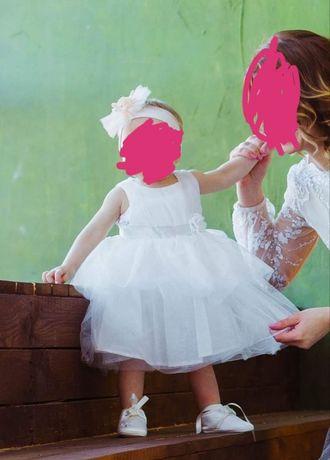 Нарядне плаття для дівчинки на ріст 74 см 350 грн