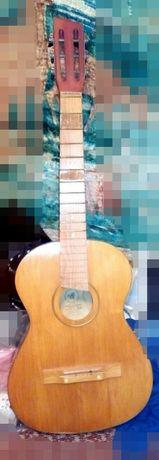 Новая гитара в разобранном виде струны+чехол тканевый