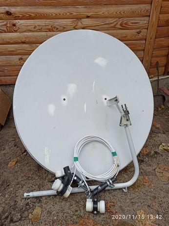 Спутниковая тарелка антенна с 3 головками (новыми)