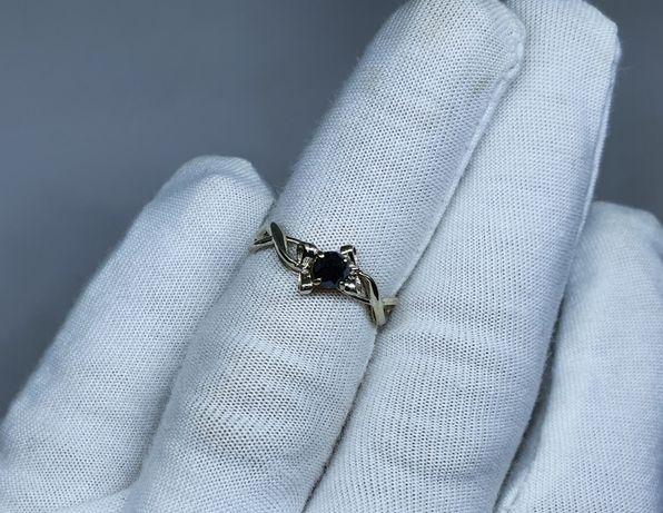 Золотое колечко с природным черным бриллиантом 0,38 карат