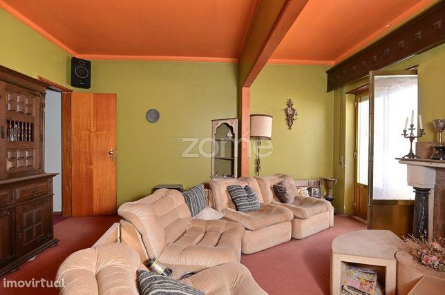Apartamento T3 para venda no centro do Cartaxo