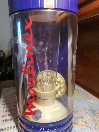 Máquina de cocktails moulinex a pilhas especial ano 2000
