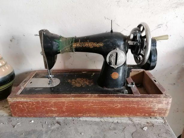 Швейная машинка можно на запчасти