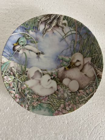Винтаж: настенные коллекционные фарфоровые тарелки.