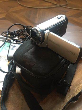 Видеокамера Panasonic HDC- SD80