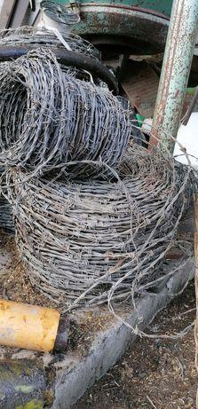 Drut kolczasty 2zl kg