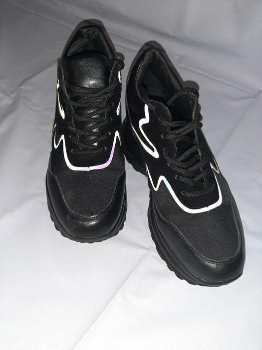 Модные Кроссовки на высокой подшве Сумы - изображение 1