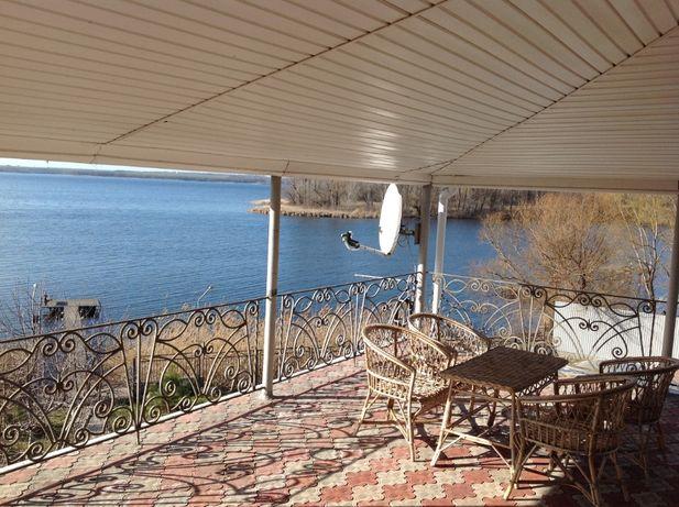 Аренда дома с бассейном на берегу Днепра