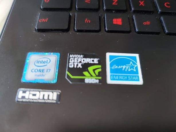 Portátil Asus i7 16 RAM Nvidia GEFORCE GTX950