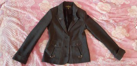 Школьный пиджак на девочку 6-7-8 лет
