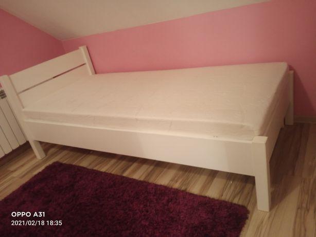 Łóżko do sprzedania