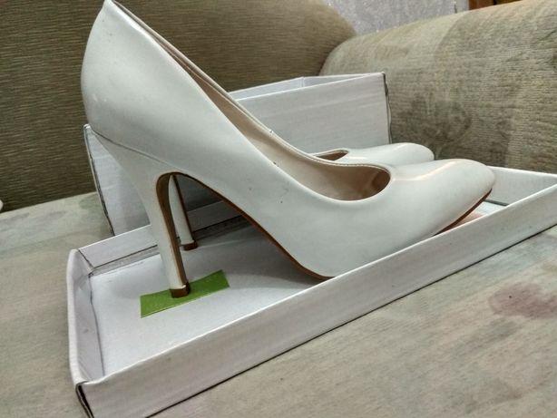 Белые туфли Kamen GSI 36размер